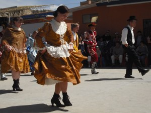After a morning of traditional Bolivian dances, the HIS staff offered their own annual tradition: a surprise line-dance!